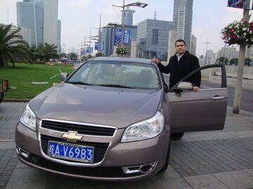 Переводчик с автомобилем в Шанхае